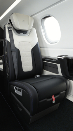 The Phenom 300E Duet seat design is aligned with that of the Porsche 911 Turbo S