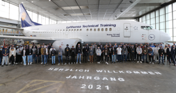 126 young people are beginning their training in the Lufthansa Technik Group in August 2021